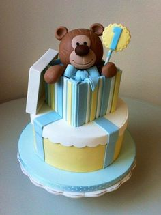 Teddy In The Box Cake By Isabella Vergani - http://www.bellasbakery.it/ - (cakesdecor)