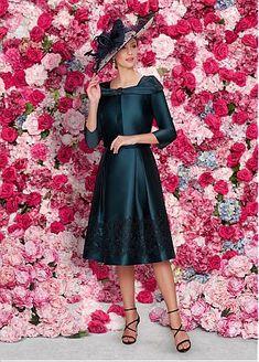 Gorgeous Satin Square Neckline Tea-length A-line Mother Of The Bride Dresses With Lace Appliques & Belt & Detachable Coat & Button