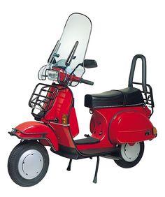 Vespa T5, Red Vespa, Vespa Scooters, Classic Vespa, Motorcycle, Chopper, Vehicles, Traditional, Image