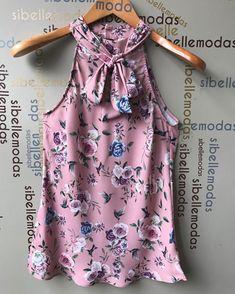 Blusa crepe print flower  R$115,00 Tam P(36/38) M(40) G(42) ▶️Site para compras  www.sibellemodas.com.br✔️ ▶️Aceitamos todos os cartões de crédito ▶️Cartão de crédito  06x sem juros Paypal ou 04 x sem juros Pagseguro ▶️Desconto a vista 8% (Depósito ou Transf) ▶️Whatsapp(11)961837847 Frete Grátis acima R$320,00 Crazy Outfits, Cute Teen Outfits, Outfits For Teens, Casual Outfits, Fashion Outfits, Bow Blouse, Cute Blouses, Dress Tutorials, Cute Tops
