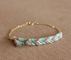 Friendship bracelet / Gold