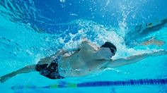 ¡Blinda tus hombros en natación! Ejercicios antilesiones | Natación | Sportlife.es