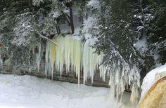 Tahquamenon Falls, Winter 2013/2014 : Some of the icicles are over 40 ...