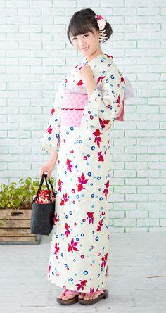 浴衣屋さん.com | 山本美月 浴衣 造り帯3点セット Japanese Yukata, Japanese Costume, Japanese Outfits, Japanese Fashion, Yukata Kimono, Kimono Japan, Japanese Beauty, Asian Beauty, Oriental Dress