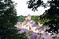 10 Very Good Reasons to Visit Luxembourg This Year!   solosophie Long Weekend, Fun Activities, Places To See, Road Trip, Castle, Boat, Tours, Explore, History