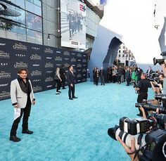 Johnny Depp working the paparazzi at The Pirates of the Caribbean premiere. #MoviePremiere #DeadMenTellNoTales #GregLucasDesign #1540Productions Line 8 Photography - http://ift.tt/1HQJd81