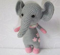 Amigurumi baby elefante