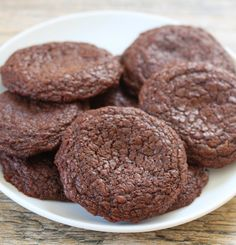 These chewy, brownie-like Nutella cookies are just four ingredients and made in one bowl! I created yet another ridiculously easy Nutella cookie recipe this weekend and it may be my favorite one yet.They taste like Nutella brownies in a cookie form. Here is a video I created to show just how easy these are! These …