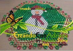 NAVIDAD - CREANDOCONADRIANA Beading Patterns, Tree Skirts, Seed Beads, Christmas Tree, Holiday Decor, Home Decor, Ideas, Farmhouse Rugs, Log Projects