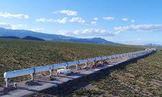 Mit Hyperloop One will Tesla-Chef Elon Musk den Hochgeschwindigkeits-Transport von Personen revolutionieren. Wie schnell das ist, zeigt das Video!