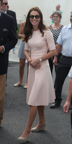 Kate Middleton Photos Photos - Catherine, Duchess of Cambridge visits Tregunnel Hill, a new neighbourhood development on Duchy of Cornwall-owned land on September 1, 2016 in Truro, United Kingdom. - The Duke