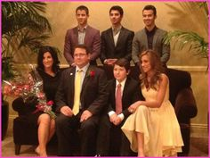 Kevin Jonas Sr Receives Father Of The Year Award From The American Diabetes Association