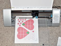 awesome tutorial on how to cut a pdf file with silhouette cameo.   Link to cute valentine project!