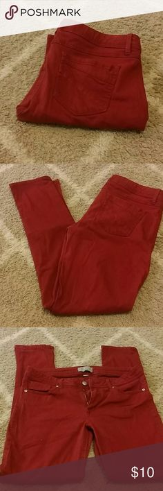 Rue 21 red skinny pants Rarely worn red skinny pants from Rue 21! I got them too small. They are sz 11/12 but fit more like a 10. Rue 21 Pants Skinny