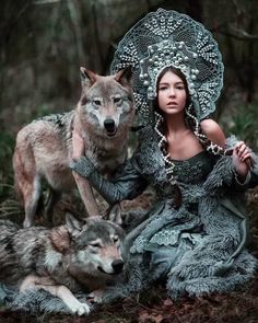 ᴋsᴇɴɪᴀ ʙᴇʟᴋᴀ with wolf Shakira and Drago by Maria Lipina Wolf Photos, Wolf Pictures, Fantasy Photography, Animal Photography, Woman Photography, Wolves And Women, Silhouette Painting, Wolf Spirit, Spirit Animal
