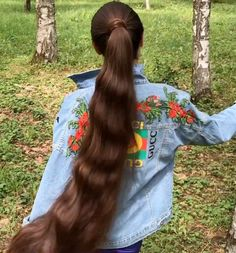Long Ponytail with Multiple Braids - 40 Best Sporty Hairstyles for Workout – The Right Hairstyles - The Trending Hairstyle Long Ponytail Hairstyles, Long Hair Ponytail, Curly Hair Braids, Sporty Hairstyles, Long Ponytails, Curly Hair Styles, Braided Ponytail, Wedding Hairstyles, Braid Bangs