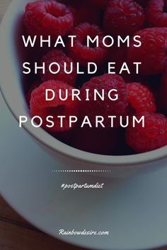 Postpartum Diet for Moms Are you concerned about what a mom should eat after giving birth? here is the list of postpartum diet which should be taken for about 6 weeks or more if a mom is breastfeeding. Postpartum Diet, Postpartum Recovery, 3 Weeks Postpartum, Foods To Avoid, Foods To Eat, After Giving Birth, After Baby, Pregnant Mom, Pregnancy Tips