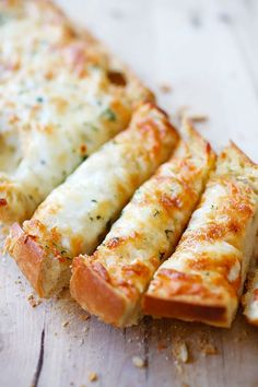 Cheesy Garlic Bread - Turn regular Italian bread into buttery & cheesy garlic bread with this super easy garlic bread recipe that takes only 20 mins | rasamalaysia.com