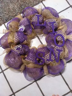 Lions spirit wreath