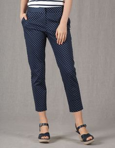 Bistro Crop Trousers with solid white pullover and pumps or flats, not sandles