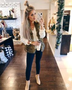 Thanksgiving Outfit Inspo – Living My Best Style 26 Trendy Fall Women Outfits to Copy Right Now Cute Winter Outfits, Casual Fall Outfits, Winter Fashion Outfits, Autumn Winter Fashion, Stylish Outfits, Cute Christmas Outfits, Classy Christmas, Winter Clothes, Winter Christmas