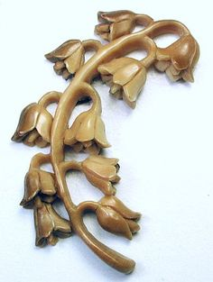 """Lg Sz Hand Carved Vegetable Ivory Button Realistic Lily of the Valley Flowers 2"""""""