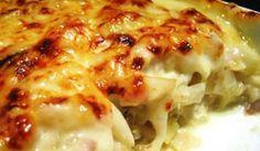 El bacalhau com natas, es un plato típico portugués, cocina en la que el bacalao es el pescado rey. Gracias a que el bacalao se sirve desmenuzado, sin espi