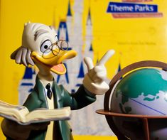 If you're thinking of buying a new camera before your next trip to Disney, check out this review of the best point and shoot camera for Disney in 2013!  Tom Bricker's photographs are gorgeous -- and he certainly knows his cameras.  You can check out his photos and blog at http://www.disneytouristblog.com/