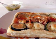 Hojaldre de verduras, atún, queso de cabra y romero. Receta con fotos de la elaboración paso a paso. Trucos y consejos de preparación,...