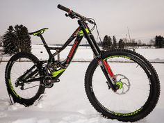 Specialized S-Works Demo 8 Carbon im Troy Lee Design