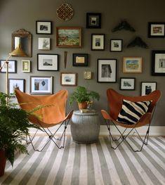 Benjamin Moore Galveston Gray (wall arrangement)