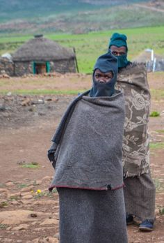 Lesotho & the Sani Pass - RTW 9 - Round the World in 30 Days African Tribes, African Men, African Style, Blacks In The Bible, Round The World Trip, Borneo, Drawing People, Continents, Cool Places To Visit