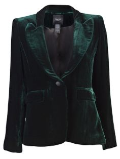 The World Through Fashion : Green velvet jacket. My weakness for jewel-colored velvet is great. Green Velvet Jacket, Velvet Smoking Jacket, Blazers, Velvet Fashion, Velvet Blazer, Pretty Outfits, Mantel, Autumn Fashion, Street Style