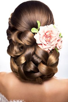Wedding Hair Idea - The Loveliest Looks To Do On Your Wedding Day. Stop By Our Favorite Blog For More Resources.
