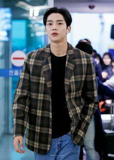 Asian Actors, Korean Actors, Sf 9, Fnc Entertainment, Fantasy, Role Models, Handsome, Men Casual, Husband