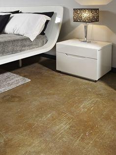 Dare calore alla camera da letto? #PavimentoAcidificato color #ambra, una soluzione molto originale! #bedroomdesign #designinteriors