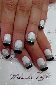 Winter Nails - 43 Sexy Winter Nail Art Design for Total Fashion Fancy Nails, Diy Nails, Cute Nails, Fancy Nail Art, Stylish Nails, Trendy Nails, Line Nail Designs, Nail Art Stripes, Lines On Nails