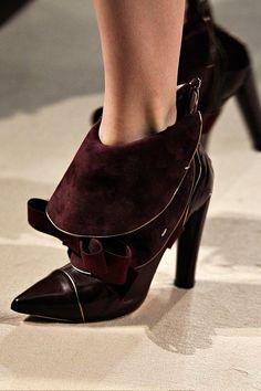 Aquilano.Rimondi Fall 2012 28 shoe