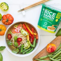 Eat the Rainbow! Add toppings like fresh veggies to Lotus Foods Rice Ramen Noodle Soup Cups for a delicious, satisfying meal! Head to our website for recipe inspiration like this Vegetable Tom Yum Soup by @anettvelsberg #rice #ramen #soup #noodles Ramen Noodle Soup, Ramen Noodles, Tom Yum Soup, Organic Brown Rice, Food Inc, Eat The Rainbow, Food Website, Food Inspiration, Green Beans
