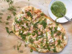 Lohipizza - Kalapizza - Resepti - Pääruoka | Kalaneuvos Vegetable Pizza, Vegetables, Food, Drinks, Drinking, Beverages, Essen, Vegetable Recipes, Drink