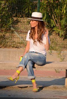 neon, sandals, boyfriend jeans, white tee, tshirt, hat, spring, casual chic