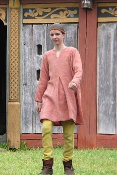 Young man with a Moselund tunic and Thorsberg trousers
