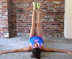 Tabata circuit workout: windshield wiper exercise