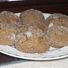 Don't forget the molasses when preparing this recipe for soft cookies, with touches of spice from cloves, cinnamon, and ginger. Soft Ginger Cookies, Molasses Cookies, Spice Cookies, Baking Recipes, Cookie Recipes, Dessert Recipes, Desserts, Crystalized Ginger Recipe, Xmas Food