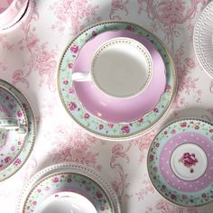 Available at our webshop Romantic, Plates, Tableware, Licence Plates, Dishes, Dinnerware, Griddles, Dish, Romance Movies