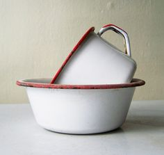 or paint other enamelware with florescent inn place of red.