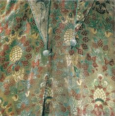 Mariano Fortuny e Caramba. In the last of my Fortuny series I bring you my favorite, his silk velvet. Fortuny grew up around textiles as bot...