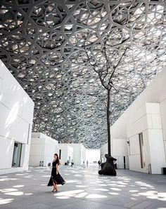 Our daily Abu Dhabi Stopover tours go to Louvre Abu Dhabi at Saadiyat from airport . Never miss transit hours in Abu Dhabi! Check out our Abu Dhabi stopover tours packages and dare to discover city`s highlights! Vacation Places, Vacation Spots, Abu Dhabi, Open Space Architecture, Dubai Tour, Dubai City, Tour Operator, Facade, Travel Photography