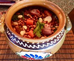 Chili, Food And Drink, Beef, Baking, Drinks, Foods, Kitchen, Hungarian Recipes, Meat