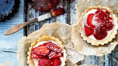 Tanya Burr's strawberry tarts